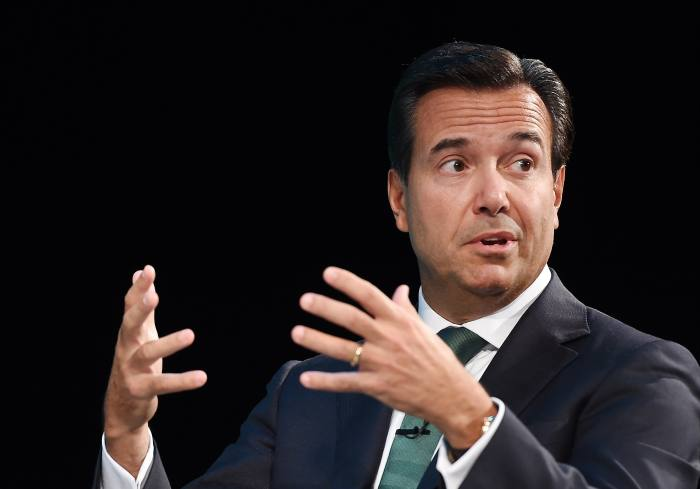 Lloyds chief executive to step down next year