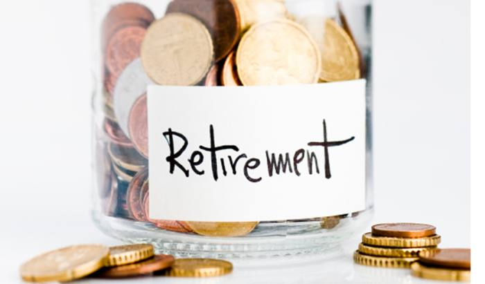 Retirees see incomes almost halve since crash