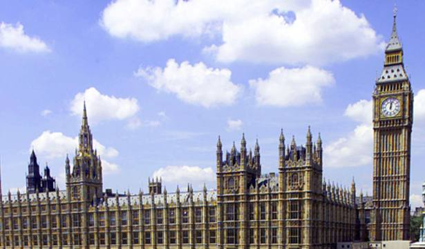 MPs push for pathways charge cap