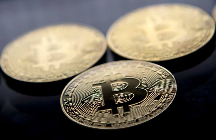 Watchdog bans cryptocurrency advert