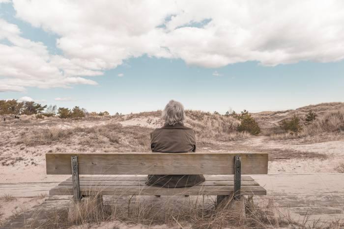 Pension gender gap shrinks but women still £5k worse off