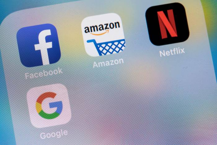 Tech dip shrugged off as investors urged to stick