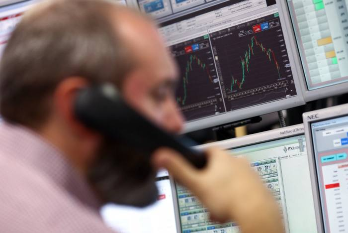 Outsourcers can help fund managers out of their current mess