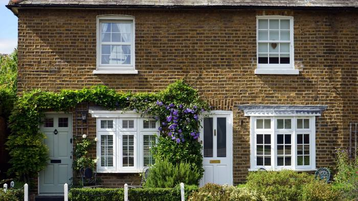 London and South East drag on house prices