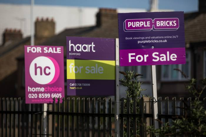 Brokers upbeat as mortgage approvals maintain 13-year high