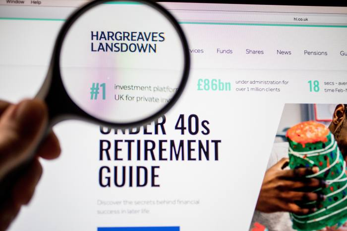 Hargreaves Lansdown adds 84,000 customers