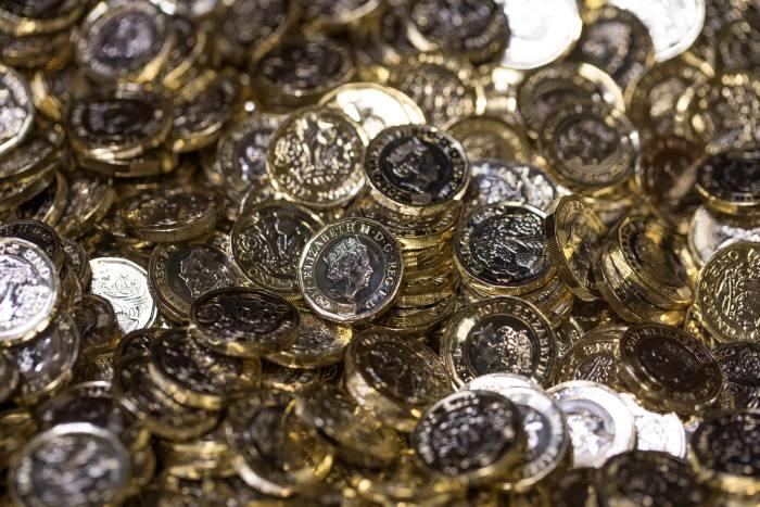 Cash costs investors £40k