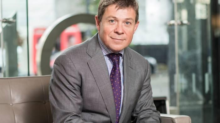 Jupiter in search for new CIO as Pearson retires