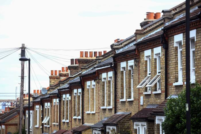 Brexit deters thousands of first-time buyers