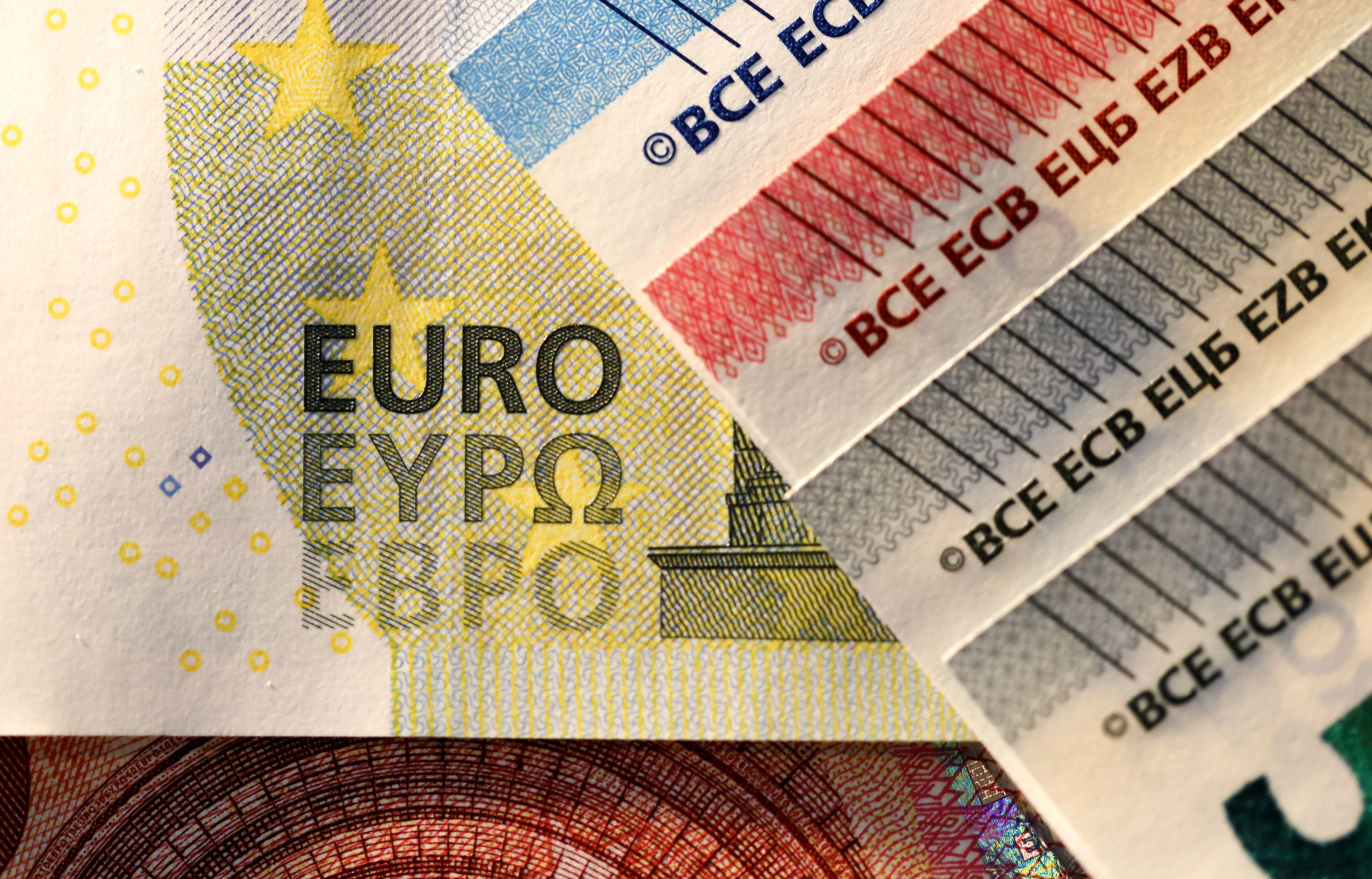 Improving economy can boost Eurozone shares