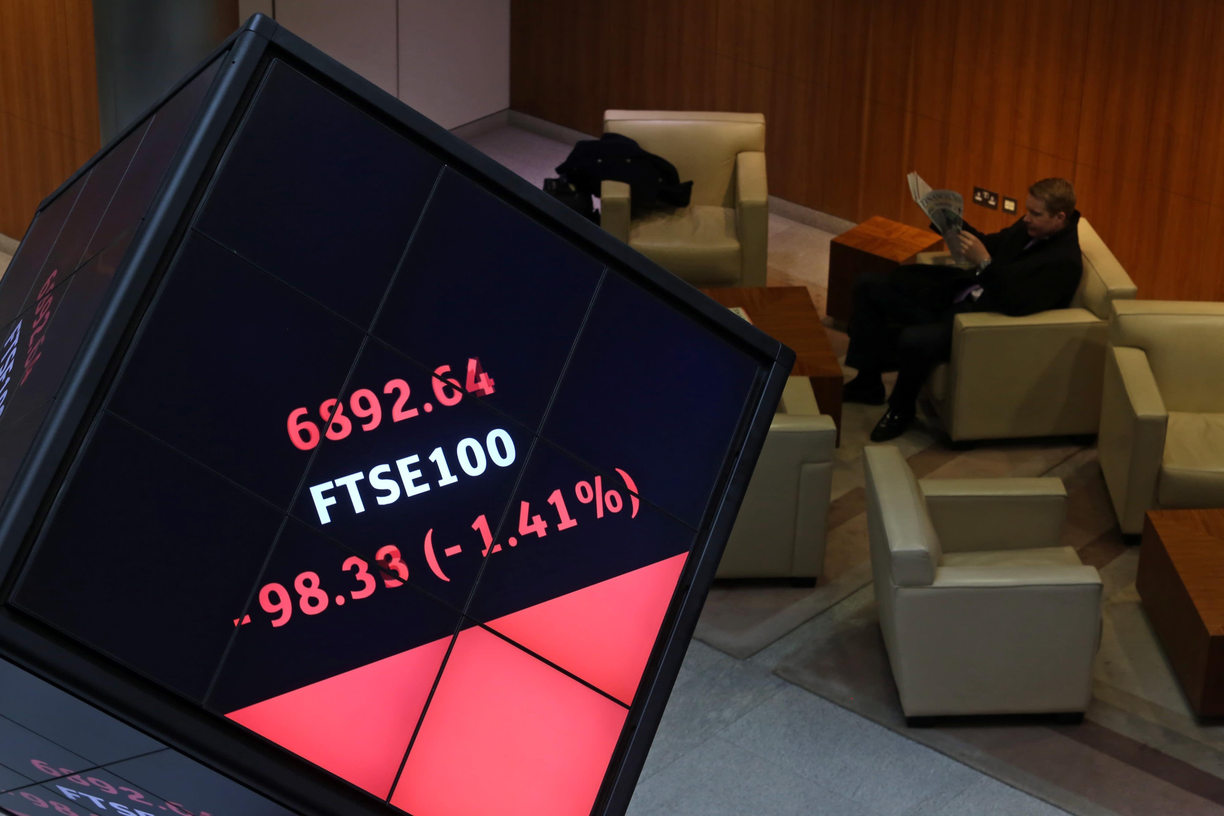 FTSE 100 pension funds reach surplus