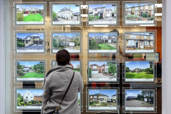 Brokers see hike in enquiries after stamp duty cut