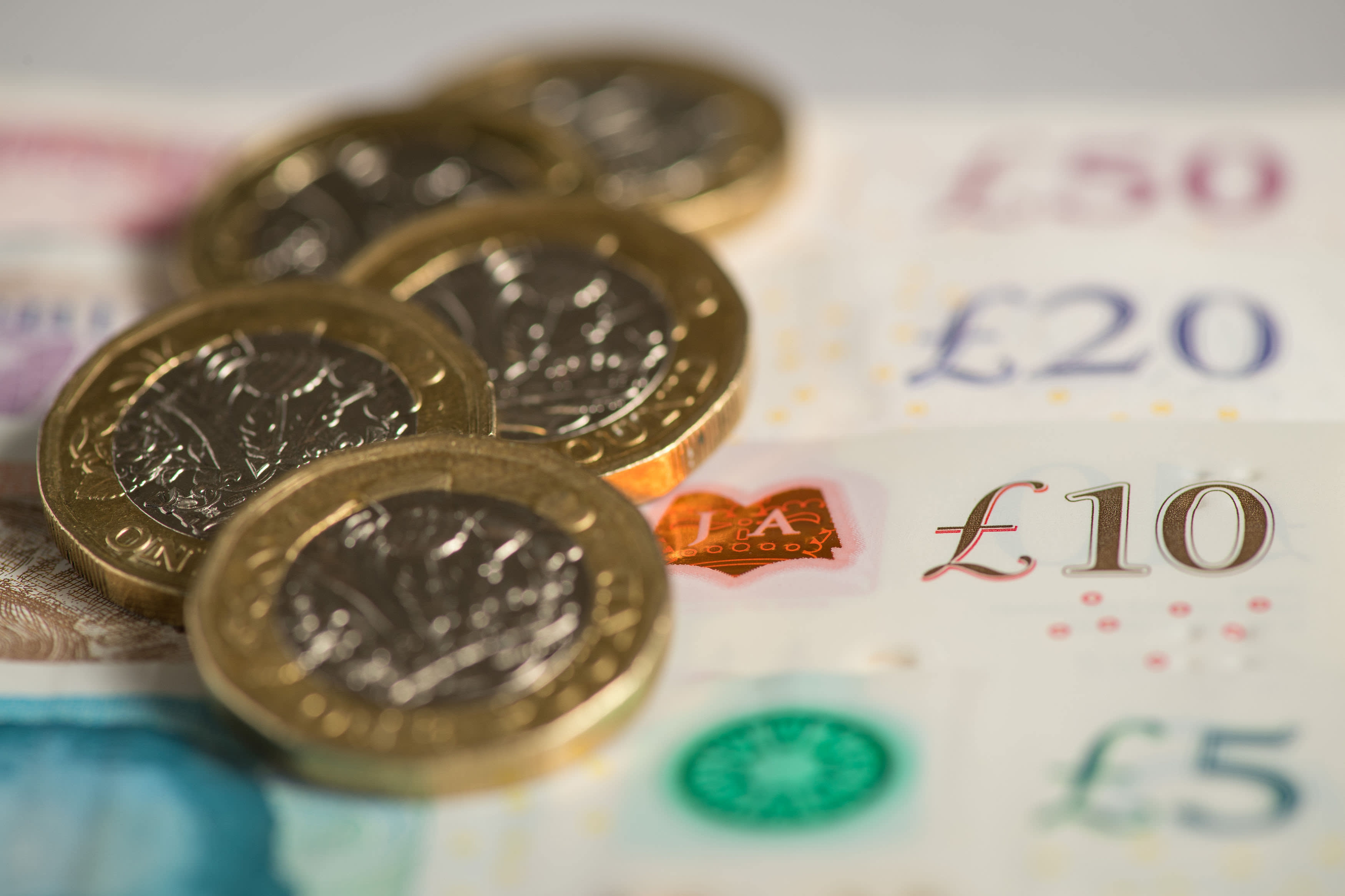 Investors pull £7.5bn from M&G funds business