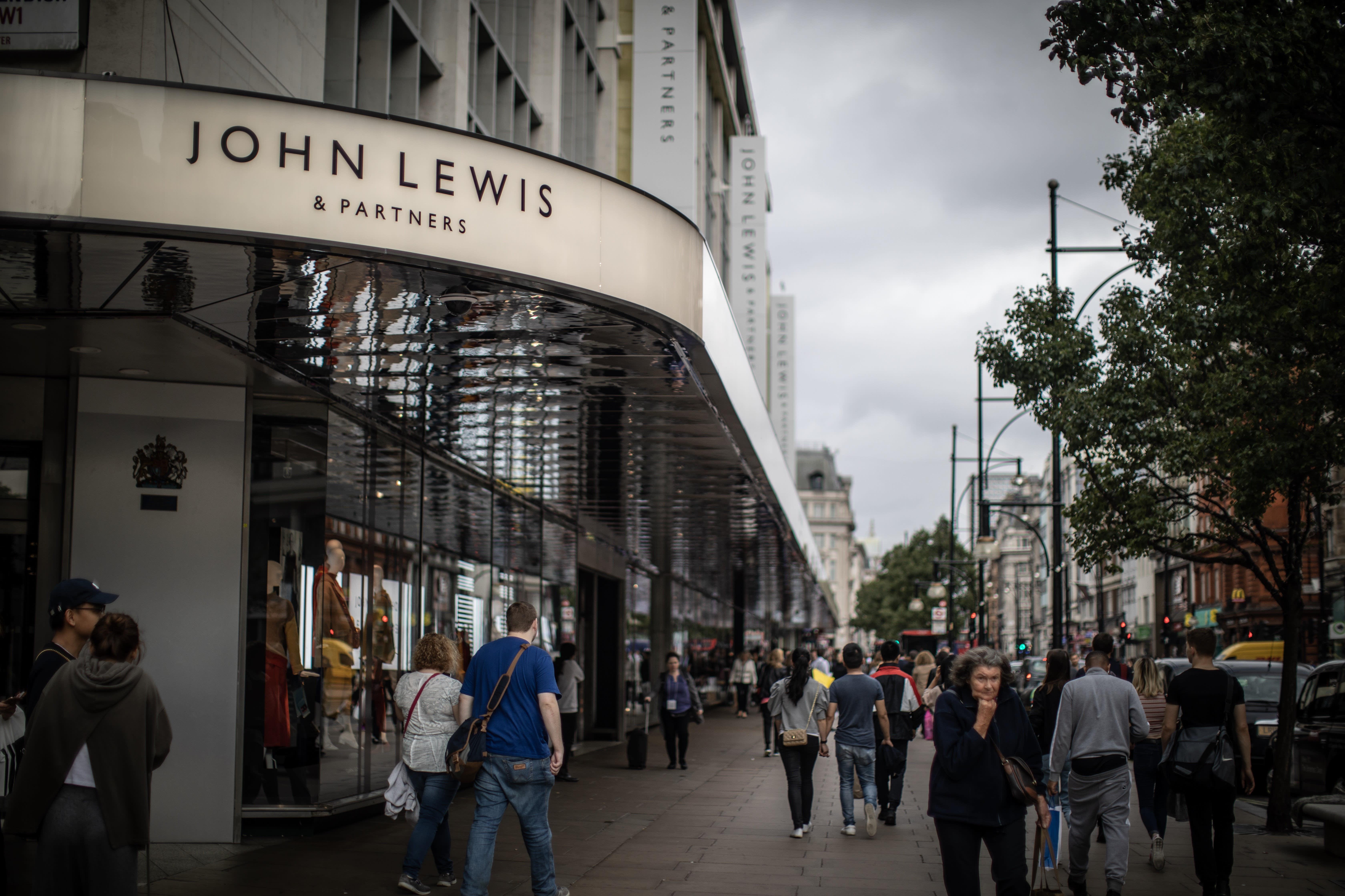 John Lewis closes defined benefit scheme