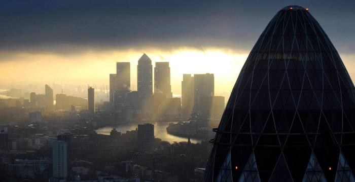 Govt pledges 'high standards' for financial services