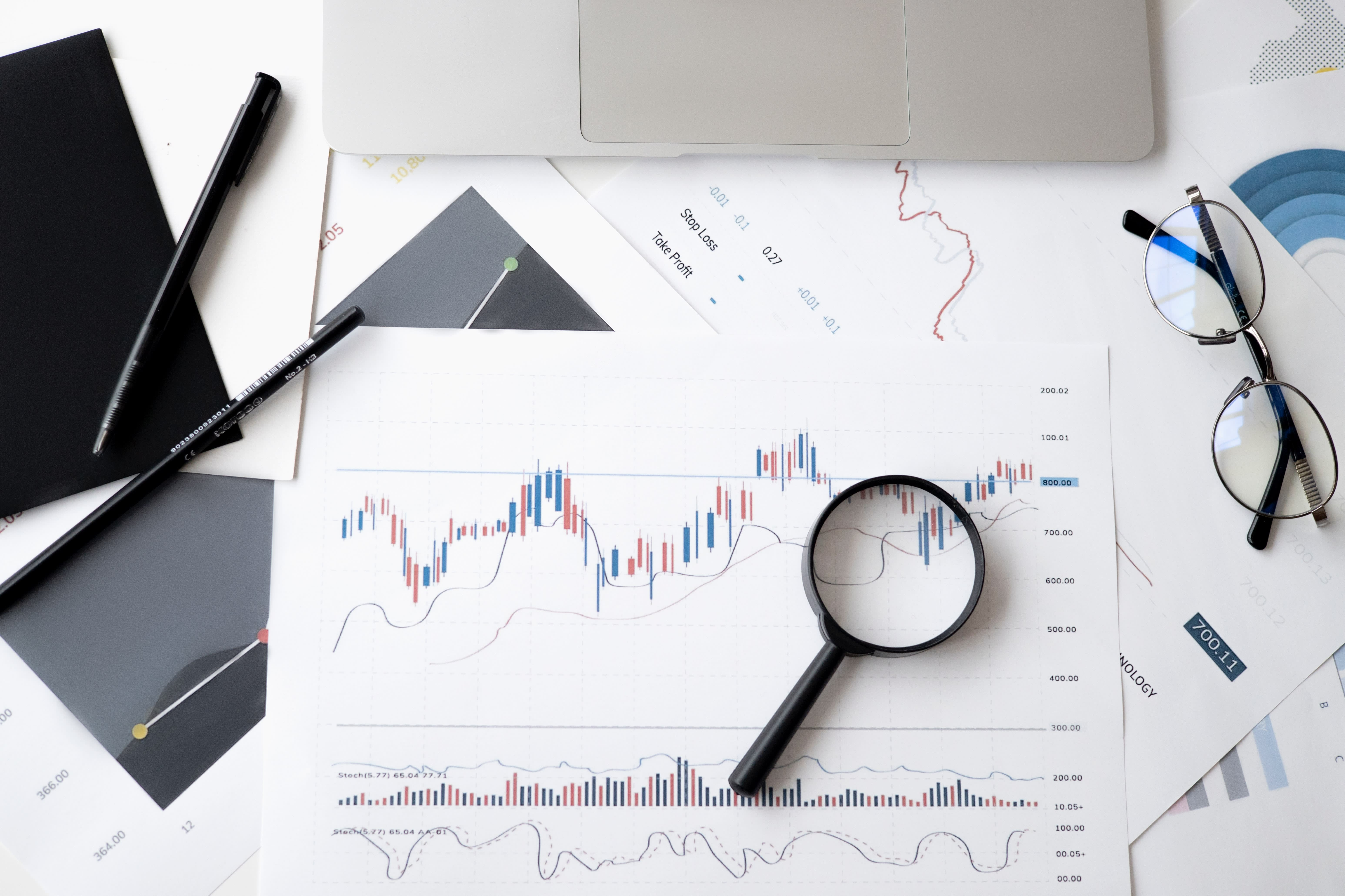 Advisers sticking with equities despite market uncertainty