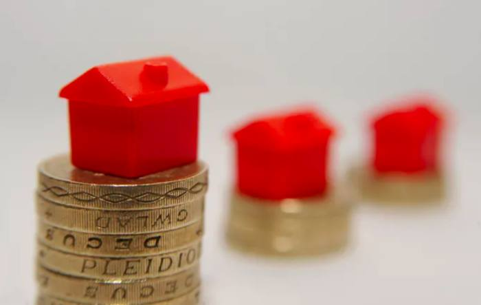 Suspended property funds to continue charging