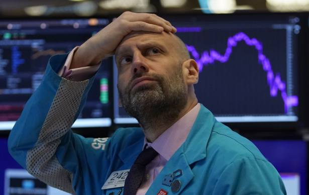 How a global stock market crash affects your pension
