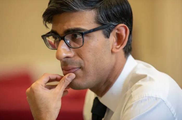Sunak warns of 'severe recession like no other'