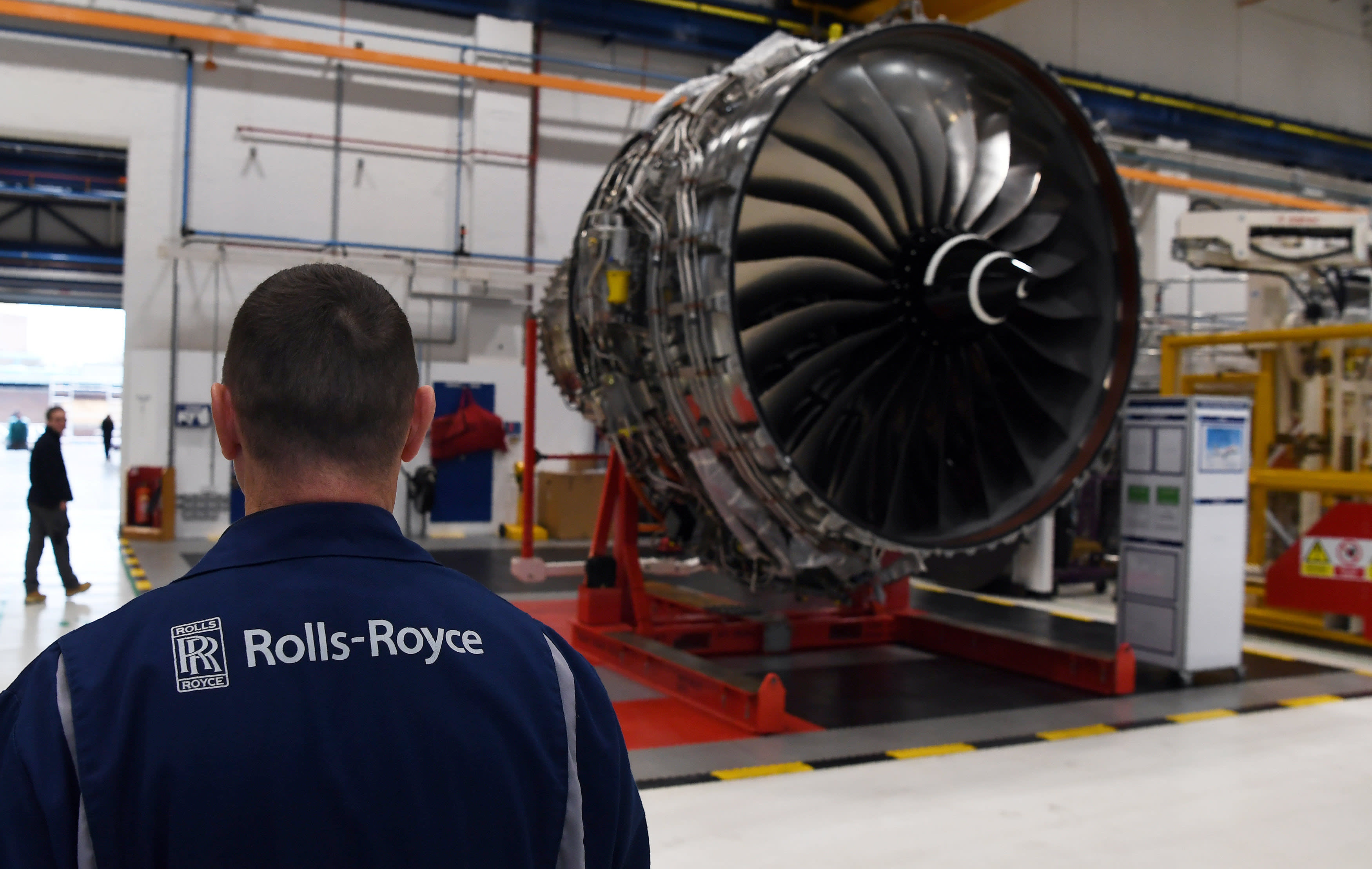 Rolls Royce signs £4.6bn pension deal with L&G