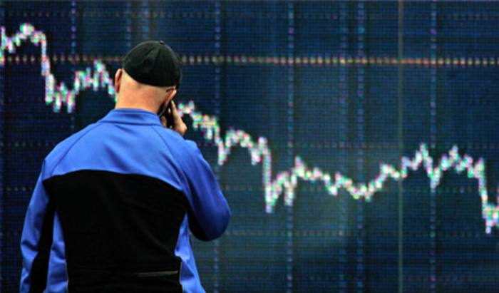 Volatility pushes advisers to defensive assets