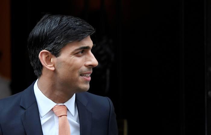 Sunak introduces wage subsidies to replace furlough scheme