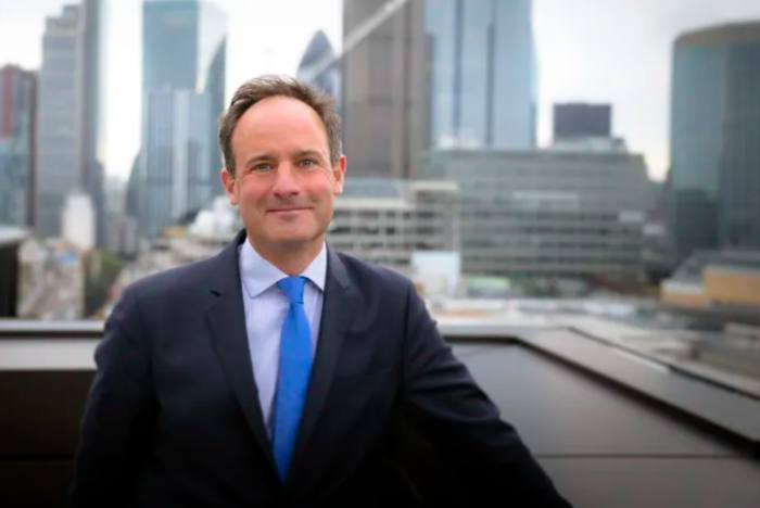 CEO of Schroders advice venture to leave after 8 months