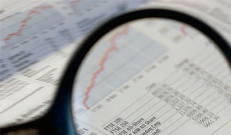 Advisers push growth over income products