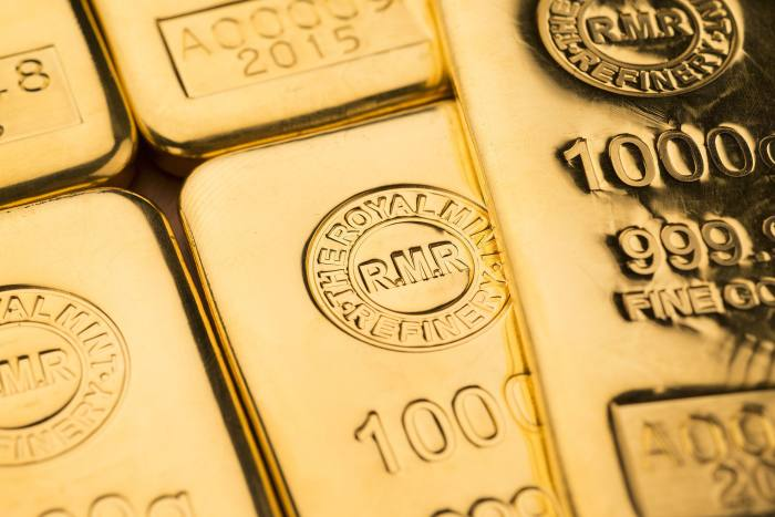Boss of £782m investment trust focuses on gold