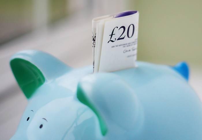 Investors turn to cash management services