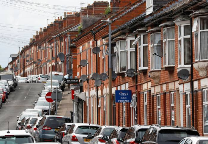 Small deposit mortgages fail to take off