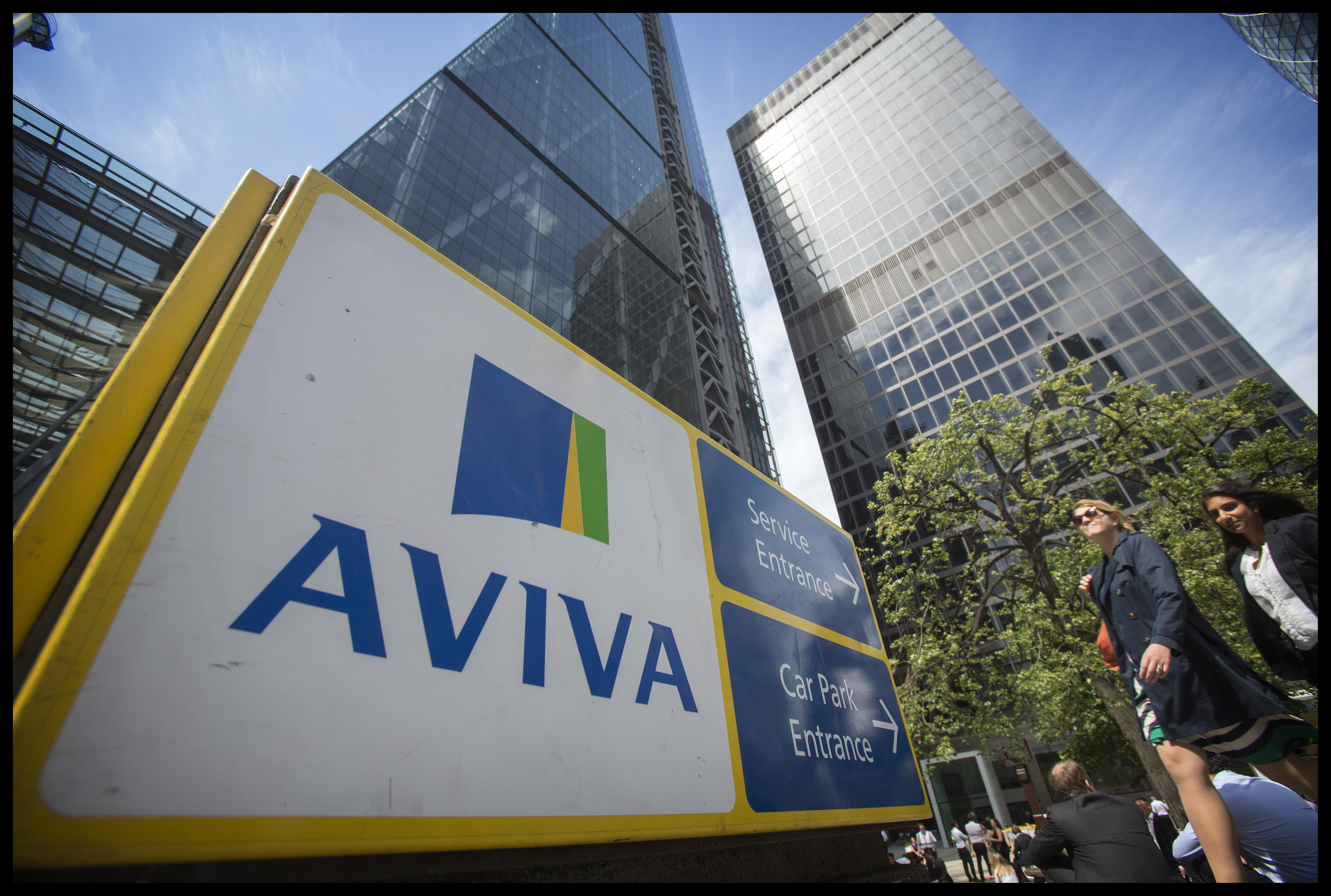 Aviva moves £9bn assets to Ireland