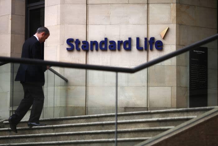 SL Smaller Companies trust reports 25% return