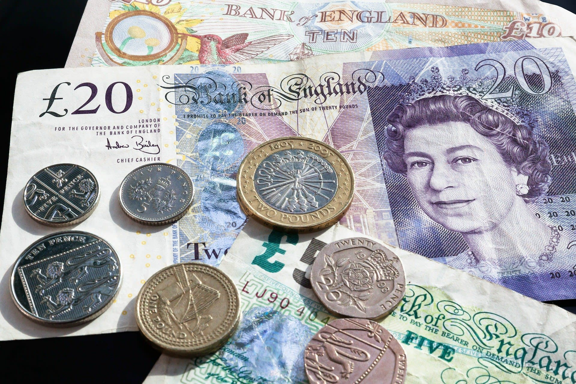 Limited lender research loses brokers £35m in fees