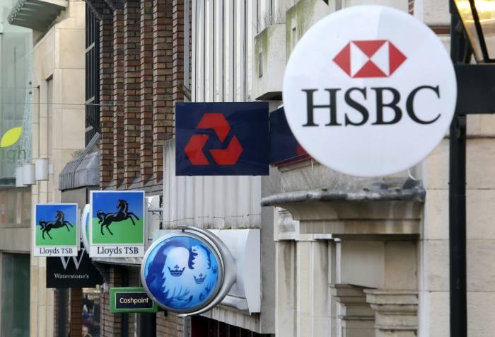 Financial services sentiment declines but demand holds up