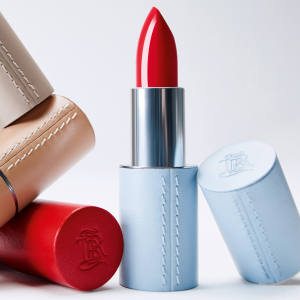 La Bouche Rouge refillable lipsticks