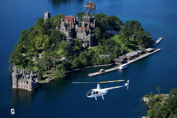 Fly above the 1,000 Islands, Ontario