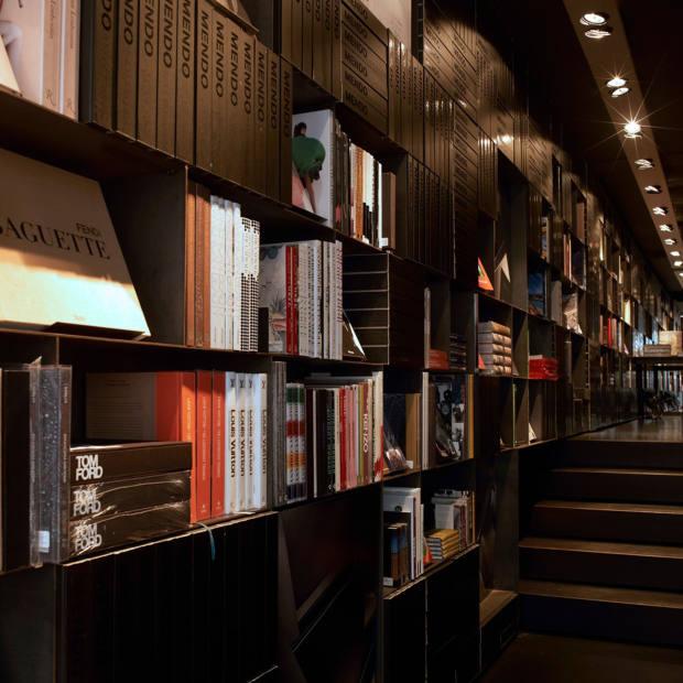 Mendo bookstore in Amsterdam