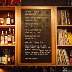 The bar boasts an extensive and informative whisky list that flags up florals, fruities and smokies