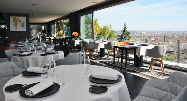 The ultra-contemporary restaurant Têtedoie, perched on Fourvière hill