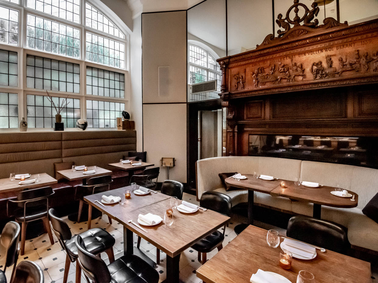 Dinings SW3 is housed in an elegant Grade-I-listed building