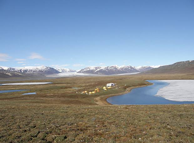BNP Paribas Foundation supports a study on the impact of permafrost thaw on the climate, conducted on Bylot Island, Canada