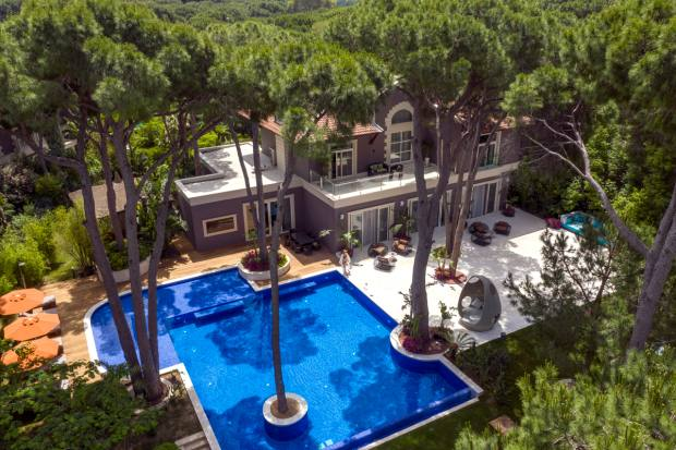 The Owner villa has a private outdoor pool, terrace, sauna, shower, Turkish bath, pavilion with a Jacuzzi, peeland massage area and mini fitness room