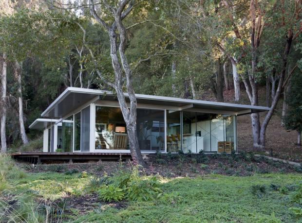 Taalman Koch's prefabricated IT House in Saratoga, California