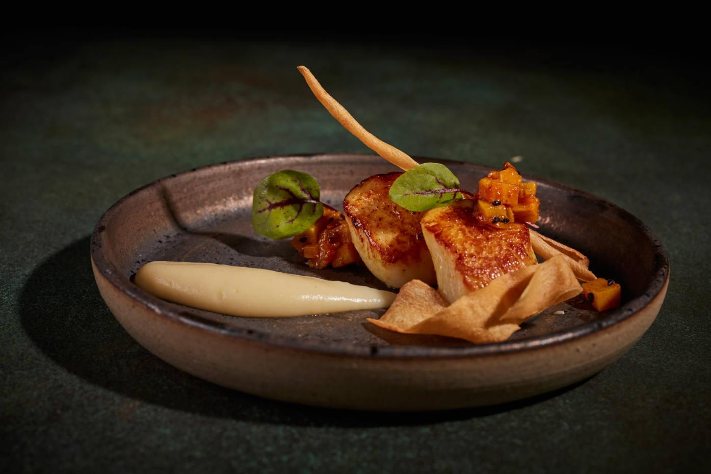Kanishka's seared scallops with Naga chilli and cauliflower