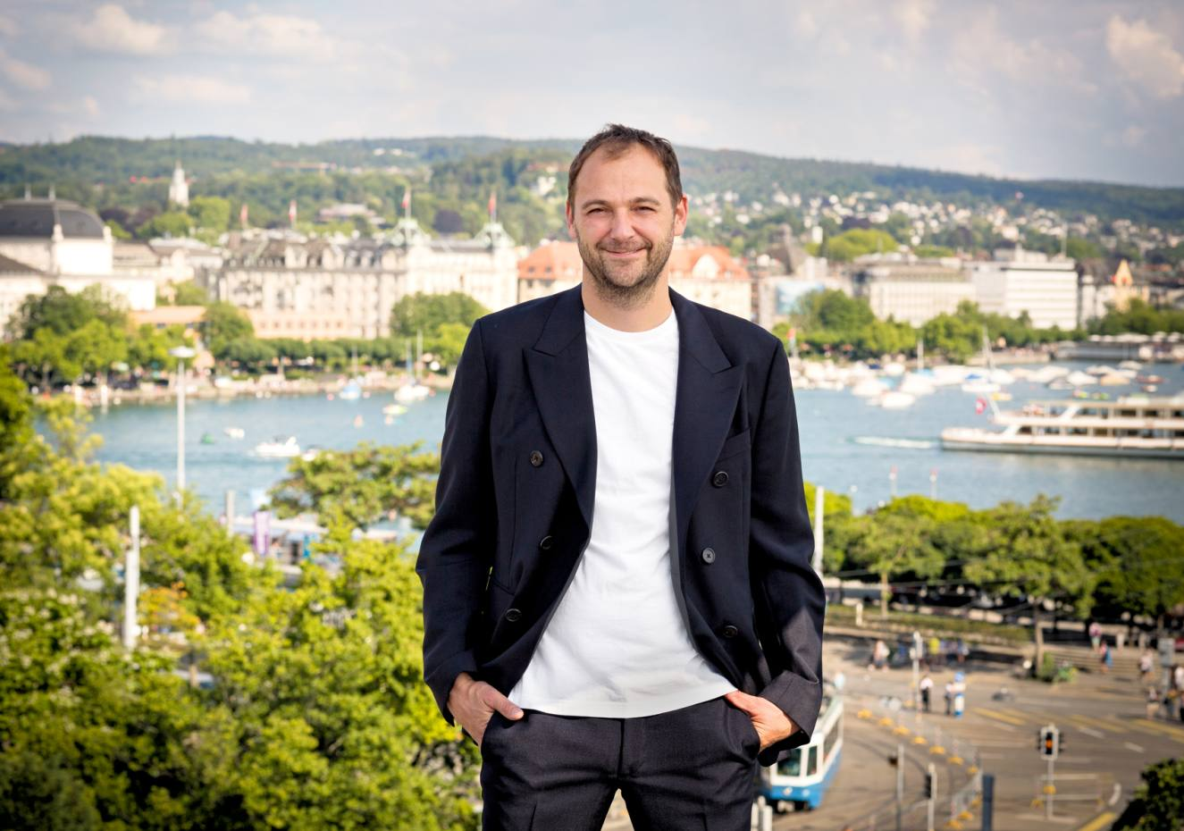 Daniel Humm with Lake Zürich in the background