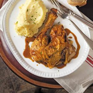 Roast chicken and purée de pommes de terre at La Fontaine de Mars
