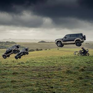 The new Defender in action during filming for upcoming Bond film, No Time to Die