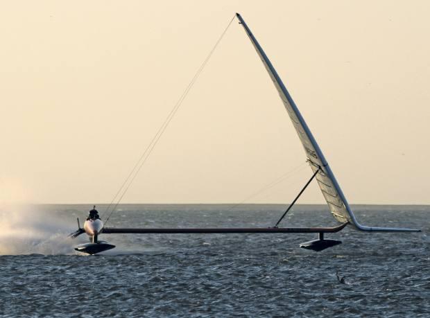 Vestas Sailrocket 2 in action