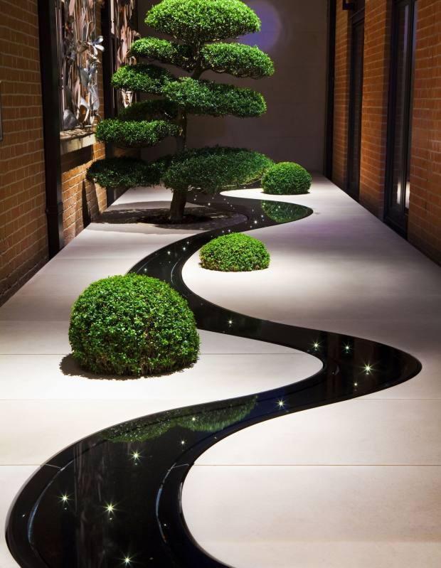 Tom Stuart-Smith's Moon Garden at London's Connaught hotel